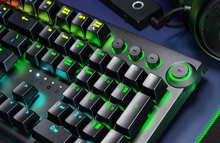 Suporte para teclado e rato na Xbox One vai chegar com apoio da Razer