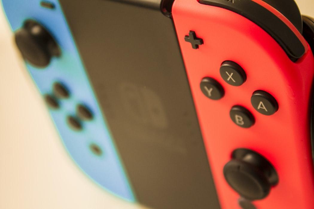 Nintendo vai reparar Joy-Con da Switch gratuitamente