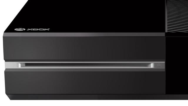 """Xbox One sofre com o """"Disc Drive of Doom"""""""
